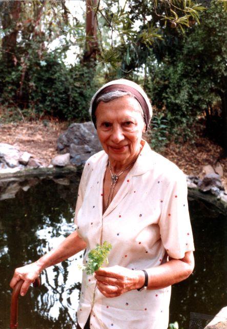 Lola Hoffmann